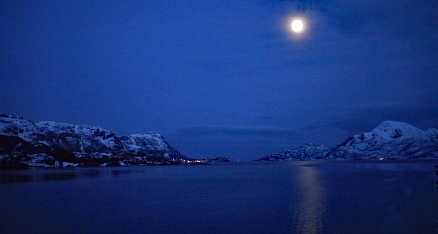 Polarnacht bei Vollmond